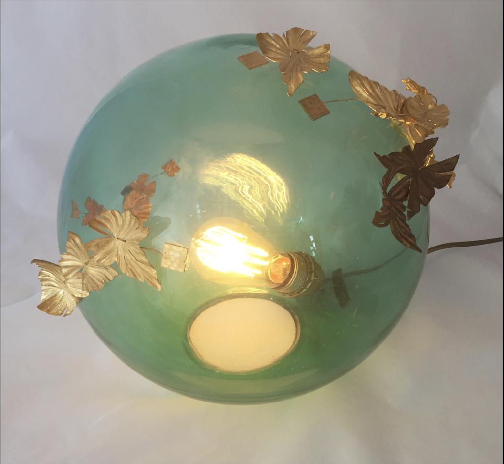 lampe verre soufflé papillons ciselure Constance Escal