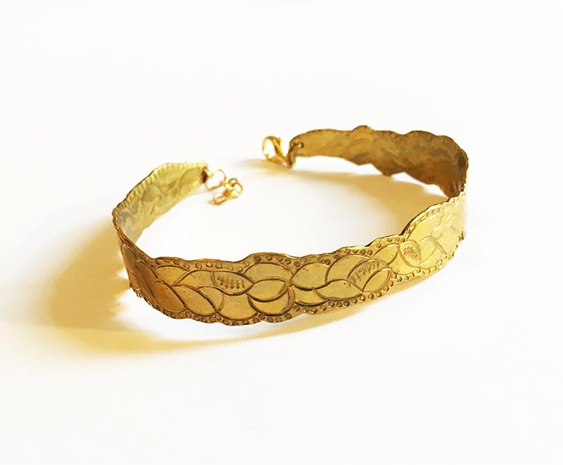 Bracelet métal laiton ciselure Constance Escal