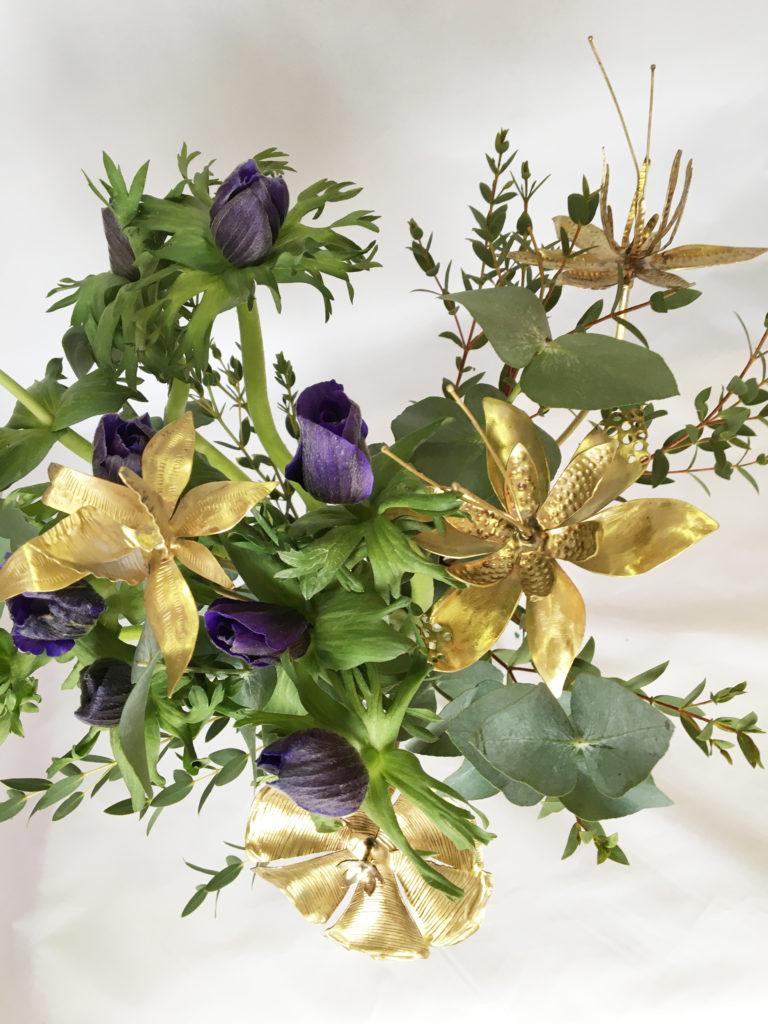 Fleur métal laiton ciselure Constance Escal bouquet