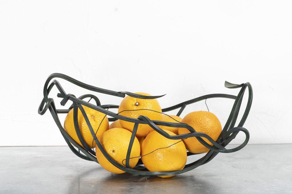 coupe fruits métal ciselure Constance Escal